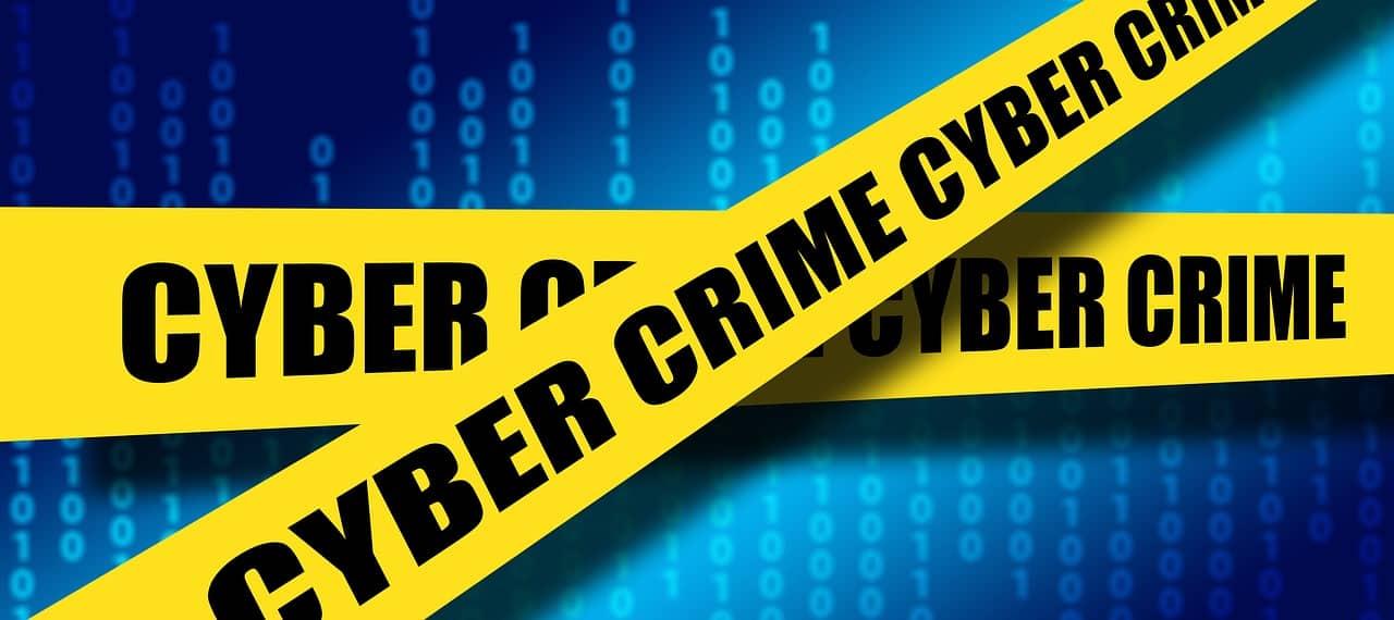 Reati informatici: Creazione di un account di posta elettronica con falsa identità